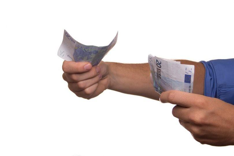 verbod-op-uitbetaling-loon-in-cash-een-update-810x540